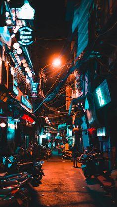 Vietnam street full of motos during the night. Urban Photography, Night Photography, Street Photography, Landscape Photography, Nature Photography, Cyberpunk Aesthetic, Cyberpunk City, City Aesthetic, Aesthetic Light