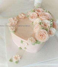 Ann Cake + 앤 케이크 Sweet Heart flower Cake 하트 1호100% 우유 버터 크...