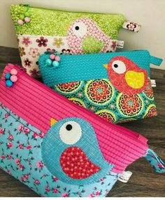 Cute birds zipper pouchYou can find Zipper pouch and more on our website. Quilting Projects, Quilting Designs, Sewing Projects, Patchwork Bags, Quilted Bag, Fabric Bags, Fabric Scraps, Fabric Basket, Bag Quilt