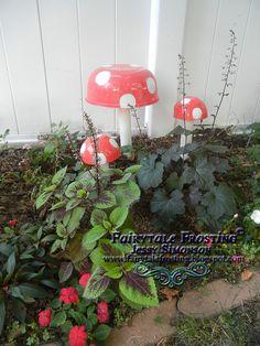 DIY Mushroom Garden Art