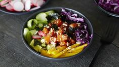 Poke Bowl, Quebec, Sushi, Learn To Cook, Acai Bowl, Health Fitness, Vegetarian, Nutrition, Lunch