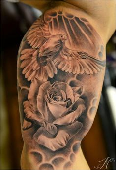 ▷ Upper Arm Tattoo Designs - Examples of a New L .- ▷ Oberarm Tattoo Designs – Beispiele für einen neuen Look 110 Upper Arm Tattoo Designs – Examples of a New Look - Dove And Rose Tattoo, Dove Tattoos, New Tattoos, Body Art Tattoos, Tattoos Skull, Hand Tattoos, Tatoos, Temporary Tattoos, Tribal Tattoos