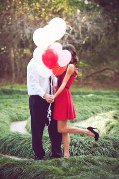 Absolutely darling engagement! #balloons
