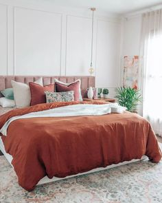 Linen has been used in homes for years and has even turned into a generic term for bedding and towels. As a sturdy material, linen can outlast cotton. But what is linen made of and how do you take care of it? Keep reading to find out.