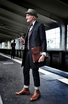 Gentleman Patent Leather Men Shoes Party Men Dress Slip On Formal Oxford Shoes – Men's style, accessories, mens fashion trends 2020 Fashion Moda, 50 Fashion, Look Fashion, Timeless Fashion, Fashion Ideas, Old Man Fashion, Fashion Styles, Fashion Outfits, Men Hipster Fashion
