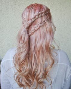 Inspiration coiffure : game of thrones 5 got в 2019 г. Prom Hairstyles For Long Hair, Pretty Hairstyles, Braided Hairstyles, Hairstyle Ideas, Updo Hairstyle, Braided Updo, Khaleesi Hairstyle, Wedding Hairstyles, Teenage Hairstyles