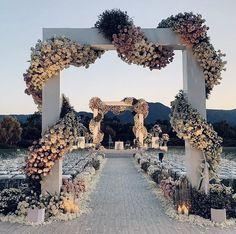 Throwback Thursday The Marriage of Barack and Michelle Obama Wedding Fashion Munaluchi Bride Wedding Goals, Wedding Sets, Wedding Styles, Wedding Ceremony, Wedding Planning, Wedding Day, Magical Wedding, Wedding Dreams, Wedding Bride