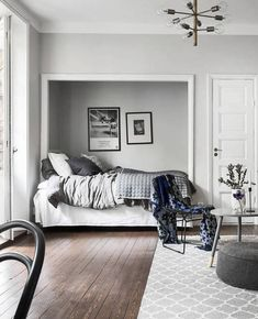 A cozy bedroom solution - via Coco Lapine Design