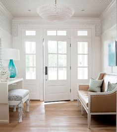 ADORE THE HIGH PANELLING WITH PAPER/CROWN/PAPER ON CEILING.  ABSOLUTELY STUNNING.  Home-Styling: Nice discovery - The Bear Hill Interiors