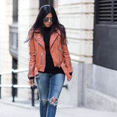 Street style tip of the day: Tan leather