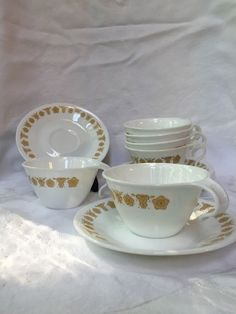 Corning Ware Corelle Six Vintage Butterfly Gold Hook Handle Cups and Saucers