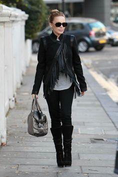 Street Style - Kylie Minogue