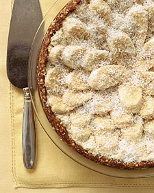 Banana, coconut, and cashew-cream tart. Gluten and dairy free.