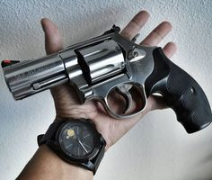 #killingtime. Smith and Wesson 686 .357 Special 7 shot revolver paired with a…
