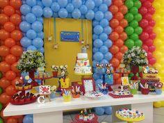 Ateliê Bia Loureiro: Festa Pintando o 7 e tema Aquarela de Toquinho! Pincel, tinta e muitas cores!!!
