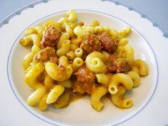 pepper cream, sausages pasta