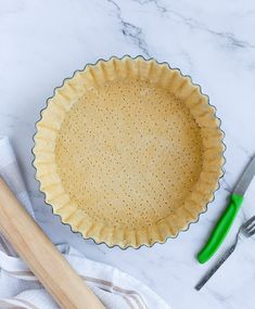 Easy Quiche Crust, Quiche Crust Recipe, Pie Crust Recipes, Quiche Recipes, Tart Recipes, Sweet Recipes, Pie Crusts, Quick Pie Crust Recipe, Savoury Recipes