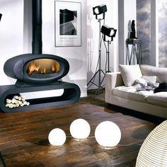 Un design courbé pour ce poêle Godin Decorative Pebbles, Decorative Tile, Architecture Design, Home And Deco, Love Design, Outdoor Furniture, Outdoor Decor, Tiles, Home Appliances