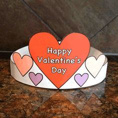 Valentine's Day Hat - Paper craft - Free Printed template