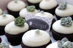 #succulentcupcakes #ediblesucculentstoppers #kupcakespotoc www.kupcakespot.com