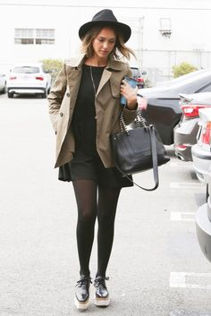 Jessica Alba Street Fashion - Out in Los Angeles