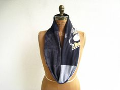 Pittsburgh Penguins T Shirt Infinity Scarf / Black Gray / by ohzie