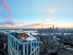 """KPF's Brooklyn to feature record-breaking rooftop Kohn Pedersen Fox's skyscraper in Downtown will include the """"highest residential infinity pool in the western hemisphere"""" on its roof. Infinity Pools, Nyc Skyline, Manhattan Skyline, Millionaire Lifestyle, Pool City, Vietnam, Brooklyn New York, Rooftop Terrace, Rooftop Design"""