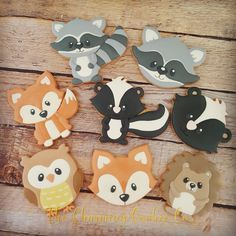 Woodland animal cookies are so cute and fun to make. These were for a baby shower. Love this cutter set and design by… Baby Shower Cakes Neutral, Baby Girl Shower Themes, Baby Shower Decorations, Baby Cookies, Baby Shower Cookies, Birthday Cookies, Fun Cookies, Sugar Cookies, Cake Birthday