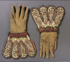 Leather glove with cuff formed by eight lobes of white satin embroidered with colored silk and gold and silver thread in a design of scrolls bearing pink carnations an … Antique Clothing, Historical Clothing, Historical Art, 17th Century Fashion, 18th Century, Vintage Gloves, Pink Carnations, Metallic Thread, Metallic Lace