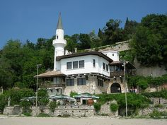 Queen Maria's Castle at Balcic, Bulgaria Castle, Mansions, Bulgaria, House Styles, Places, Queen, Home Decor, Viajes, Mansion Houses
