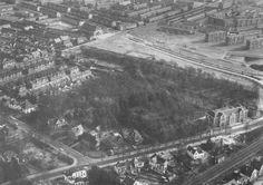 Het Bos van Bouvy tussen Singel (links), Brinklaan (met de gesloopte Wilhelminaschool) en rechtsboven de Ceintuurbaan