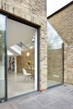 Rise Design Studio adds glass extension to north London house Extension Designs, Glass Extension, Side Extension, Extension Ideas, Brick Extension, Interior Exterior, Exterior Design, Contemporary Architecture, Architecture Design