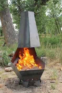The Penta Pit Outdoor Fire Pit - Feuerstelle im Garten Metal Fire Pit, Diy Fire Pit, Fire Pit Backyard, Fire Pits, Fire Pit Art, Outdoor Fireplace Designs, Fire Pit Ring, Chiminea, Fire Pit Designs
