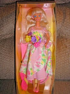 Avon Special Edition Spring Petals Blonde Barbie Second in a Series #Mattel #DollswithClothingAccessories