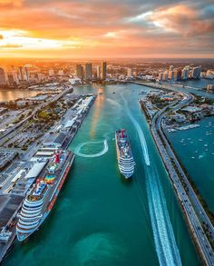 The Best Places to Watch the Sunset in Miami, Florida. Sunset over Miami. Port of Miami Sunset. Miami Beach, Miami Sunset, Palm Beach, Places To Travel, Travel Destinations, Places To Visit, Drone Photography, Travel Photography, Ocean Photography