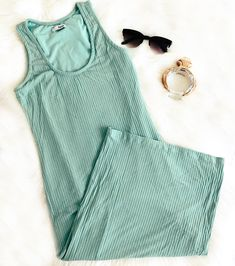 #mididress #midimintdress #neomint #mint #ootd #summertrend #ss20 #streetstyle #summeroutfits Mint Dress, Summer Trends, Summer Outfits, Cold Shoulder Dress, Ootd, Street Style, Photo And Video, Dresses, Women