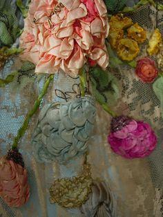 Wonderful Ribbon Embroidery Flowers by Hand Ideas. Enchanting Ribbon Embroidery Flowers by Hand Ideas. Rose Embroidery, Silk Ribbon Embroidery, Embroidery Stitches, Embroidery Patterns, Embroidery Bracelets, Embroidery Supplies, Cross Stitches, Vintage Embroidery, Ribbon Art