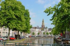 The century Groningen canals are an early example of excellent town planning. Bungalows, 16th Century, Bed And Breakfast, Places, Nature, Travel, Gem, Naturaleza, Viajes