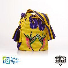 Fashion Bags, Fashion Accessories, Womens Fashion, Mochila Crochet, Tapestry Crochet Patterns, Tapestry Bag, Bags 2017, Crochet Baby, Bucket Bag
