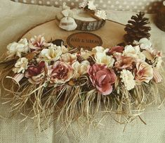 Pudra Pembe Çiçekli Söz Tepsisi - #ahşapnişantepsisi #kütüknişantepsisi #kütüktepsi #nişantepsisi #söztepsileri Decorative Plates, Decorative Shelves, Powder Pink, Sweet 16, Diy Wedding, Origami, Bridal Shower, Floral Wreath, Tray