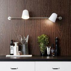 Conrad væglampe med to lyskilder og Kitchen Spotlights, Wall Spotlights, Kitchen Lighting, Direct Lighting, Flush Lighting, Home Lighting, New Interior Design, Interior Decorating, Japanese Interior