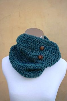 Annie's Wool Teal Cowl Scarf by TheFreckledYarn on Etsy, $48.00