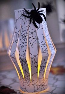 Halloween Paper Lanterns {DIY Tutorial} - Monica Wants It Classy Halloween, Easy Halloween Crafts, Holidays Halloween, Halloween Kids, Halloween Decorations, Paper Lantern Centerpieces, Paper Lanterns, Origami, Diy Papier