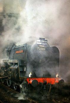 72006 Clan Mackenzie at Paddington Dec 63 | by David Christie 14 - On a foul day…