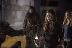 The 100 CW - Long Into An Abyss - Abby Griffin - Paige Turco - DO IT, DO IT, DO IT, DO IT