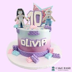 Roblox Birthday Cake, Roblox Cake, Birthday Cake Girls, 9th Birthday Parties, 11th Birthday, Birthday Images For Her, Miss Cake, Girl Birthday Decorations, Cake Decorating Classes