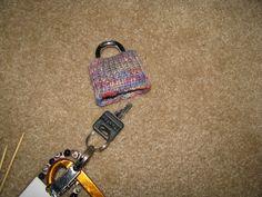 Chris Knits in Niagara: Lock Sock