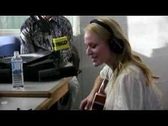 Jewel Sings an old timey song