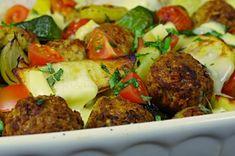 Fašírky pečené v rúre na zemiakoch a zelenine | Pečené-varené.sk