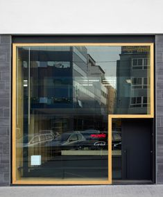 The project proposes the reform of a space in a housing building into an office… Architecture Design, Retail Architecture, Facade Design, Exterior Design, Shop Front Design, Store Design, House Design, Retail Facade, Modern Entrance